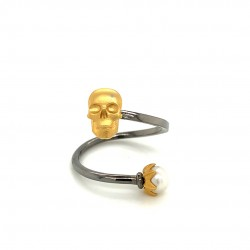 Silver ring with two platings, pearl and motif Skull
