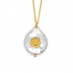 Chain necklace with a mother of pearl and silver motif Rodakas