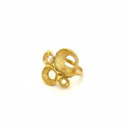 Ring made from sterling silver with shell organic shape, gold plated, clover