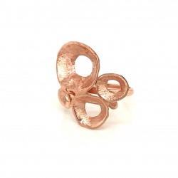 Ring made from sterling silver with shell organic shape, rosegold plated, clover