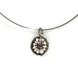 Mobile silver pendant hollow bezel with fresh water pearl
