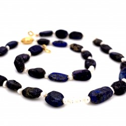 Lapis lazuli nuggets and baby pearls knotted necklace with 18K gold elements