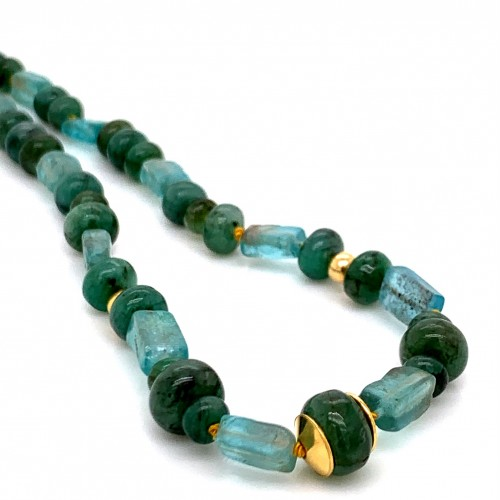 Emerald and Aquamarine knotted necklace with 18K g...