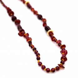 Garnet knotted necklace with 18K gold elements