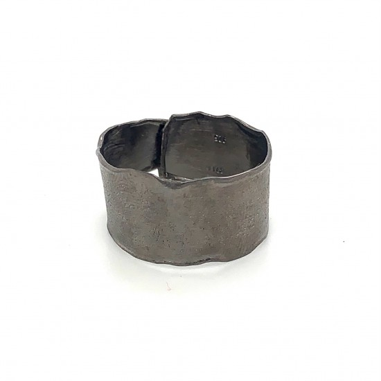 Ring, wrap, black, melted