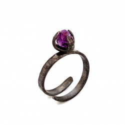 Ring with rough amethyst, nairobi collection, black