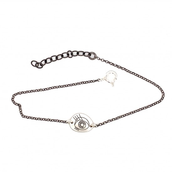 Bracelet with a chain and a unique motif protection eye