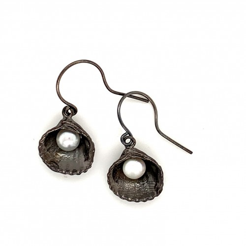 Shell earrings with hook and fresh water pearl fro...
