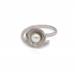 Ring with pearl, adjustable, silver, mini shield