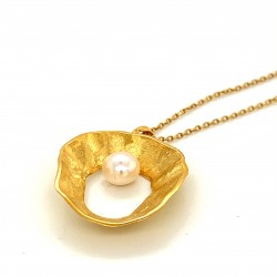 Necklace pendant with organic round shell shape, made from 925 sterling silver gold plated